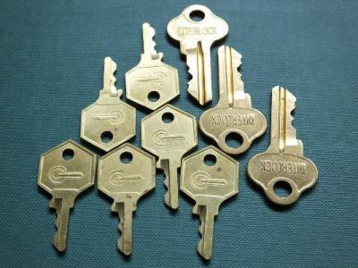 key cutting service